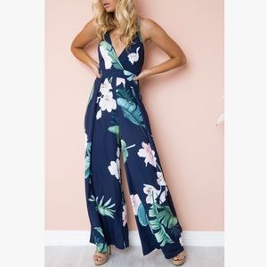 Pants - 🌺🌺You Are Pretty Navy Floral Jumpsuit